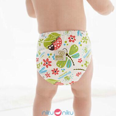 Pannolino lavabile fitted printed cotone organico Blumchen indossato
